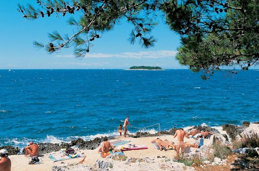 Selain Pantai, Ada Surga Tersembunyi Di Faliraki Rhodes