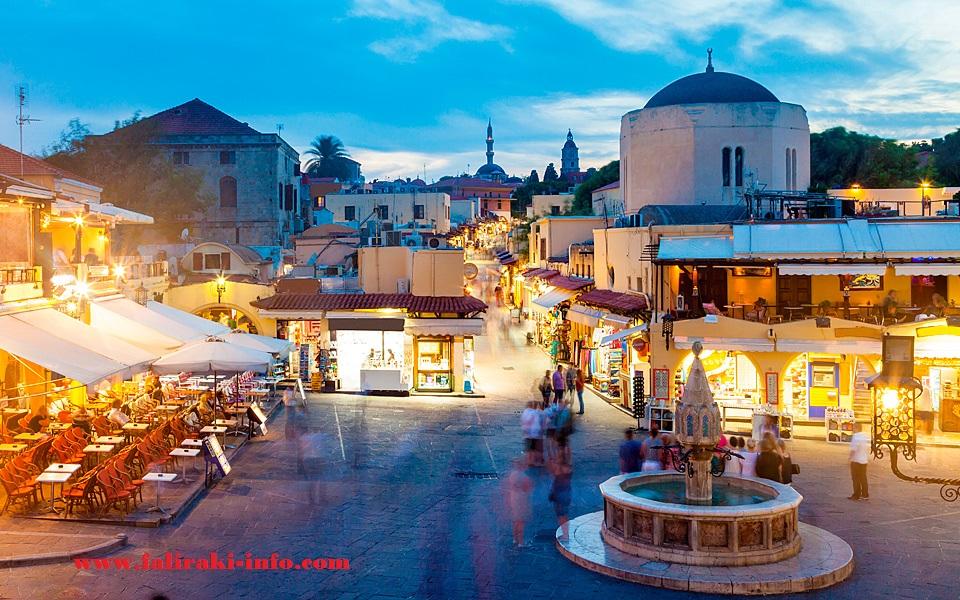 Dua Hari di Rhodes' Old Town dan Lindos